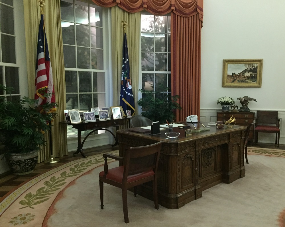 Ronald Reagan Museum Oval Office Desk